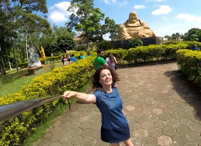 Templo Budista de Foz do Iguaçu foi construído em 1996 por comunidades chinesas da tríplice fronteira entre Brasil, Paraguai e Argentina  (Foto: Reprodução/ Plug)