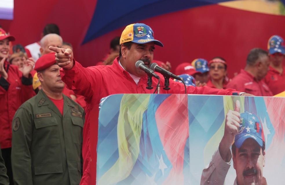 Nicolás Maduro fala parar apoiadores nesta quarta-feira (19) durante manifestação em Caracas (Foto: CARACAS, VENEZUELA)