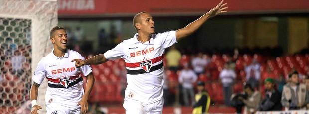 Luis Fabiano comemoração São Paulo contra Audax Osasco (Foto: Davi Ribeiro / Agência Estado)