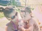 Mais magra, Priscila Pires curte praia com os filhos: 'Meus peixinhos!'