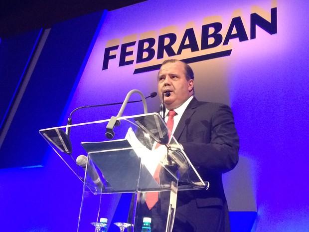 Alexandre Tombini, durante encontro com dirigentes de bancos, em São Paulo (Foto: Darlan Alvarenga/G1)