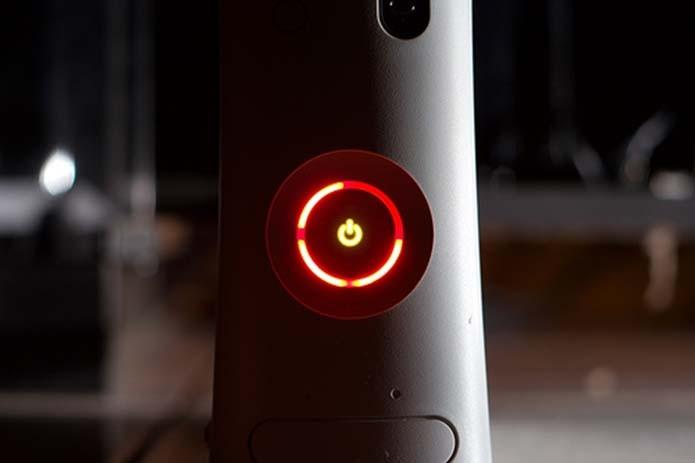 Três luzes vermelhas são o pesadelo dos donos do Xbox 360 (Foto: Reprodução/Cyberspaceandtime)