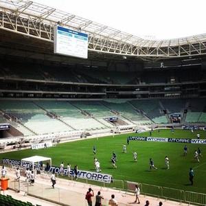 Evento de operários na Arena Palestra (Foto: Reprodução / Twitter / @Anderson_JSP)
