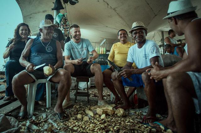 Rodrigo Hilbert grava 'Tempero de família' (Foto: Divulgação/GNT)