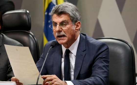 O relator na CCJ do Senado da reforma trabalhista, senador Romero Jucá durante reunião da comissão nesta quarta-feira (Foto: Wilson Dias/Agência Brasil)