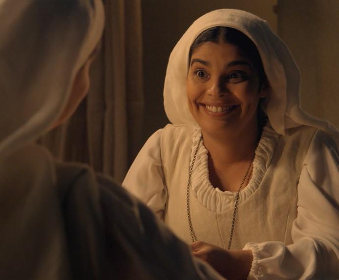 Rita sugere que fujam do convento no dia da festa da colheita (Foto: TV Globo)