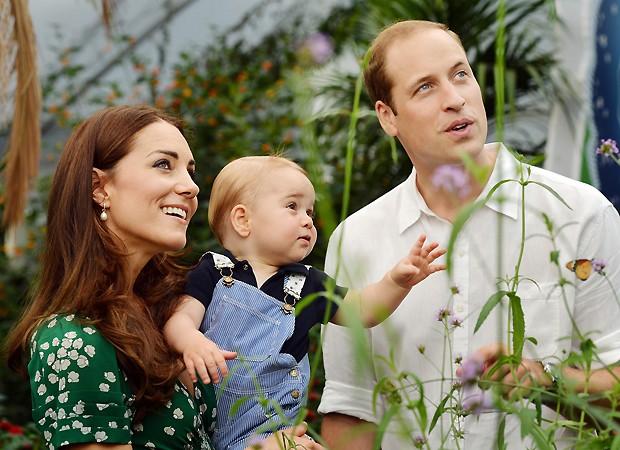 Kate, George e William (Foto: AP)