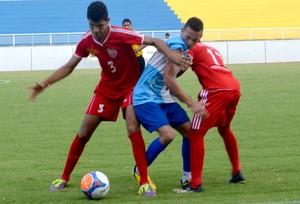 Em partida acirrada, Bangu se consagra campeão do Acreano Sub-15 (Foto: Quésia Melo)