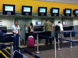 Balcão da companhia aérea Azul no Aeroporto de Viracopos, em Campinas (Foto: Marília de Oliveira/VC no G1)