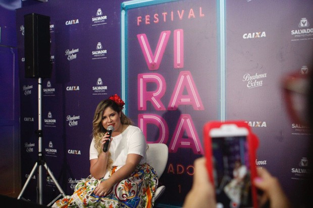 Marília Mendonça no Festival Virada Salvador 2018 (Foto: Ricardo Cardoso e Ícaro Cerqueira/Ed. Globo)
