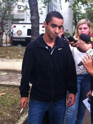 Paulo Sérgio Rabello presta depoimento no caso da morte de Selarón (Foto: Carolina Lauriano/G1)