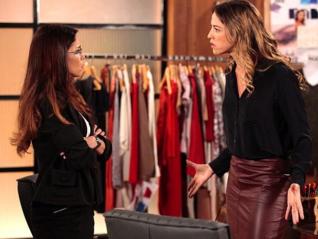 Lucilene e Vânia brigam por causa de Ulisses (Foto: Guerra dos Sexos / TV Globo)