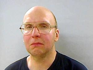 Christopher Knight é acusado de mais de mil roubos de comida e outros mantimentos de um acampamento, cometidos durante 27 anos (Foto: Maine Department Public Safety/AFP)