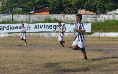 Vitória pode colocar o São Raimundo em quinto na tabela (Foto: Michael Douglas/GloboEsporte.com)