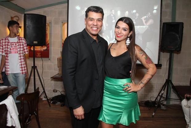 Maurício Mattar com a filha, Petra Mattar, em restaurante na Zona Oeste do Rio (Foto: Thyago Andrade/ Foto Rio News)