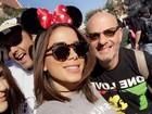 Anitta, no maior estilo Minnie, curte férias na Disney ao lado de amigos