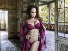 Núbia Óliiver posa de lingerie em fotos e dispara: 'Odeio homem frouxo'