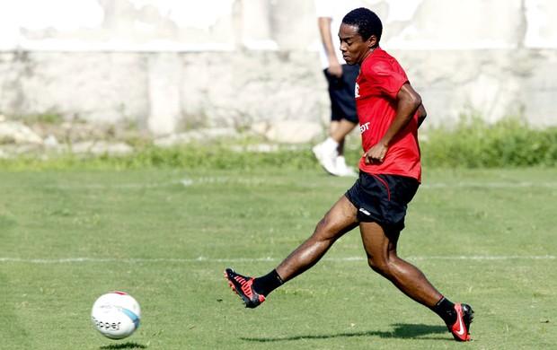 Elias no treino do Flamengo (Foto: Cezar Loureiro / Agência O Globo)