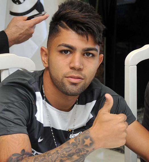 boa, garoto! (Ricardo Saibun / Divulgação SantosFC)
