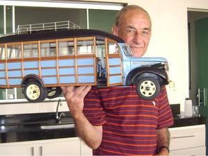 182beceada0 José Raimundo de Morais artesão de miniaturas de carros em Divinópolis MG 3  (Foto