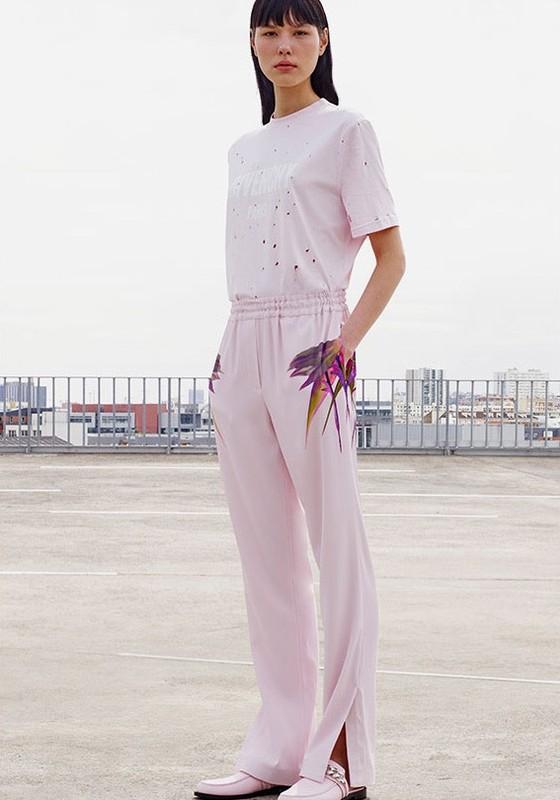 Angélica Erthal estrela a nova campanha da Givenchy (Foto: Divulgação)