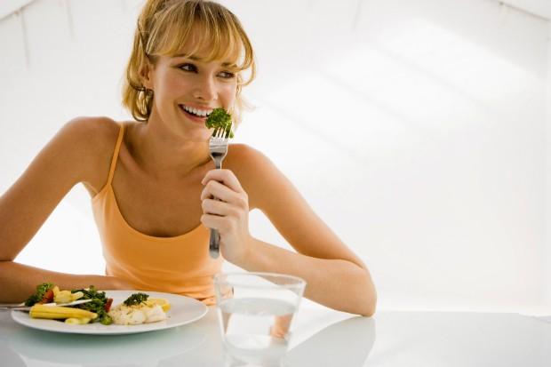 Veja como manter a dieta durante o fim de semana (Foto: Thinkstock)