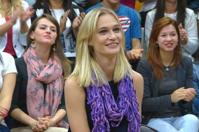 A modelo Viviane Orth já usou a peça no Estúdio C (Foto: Reprodução/RPC)