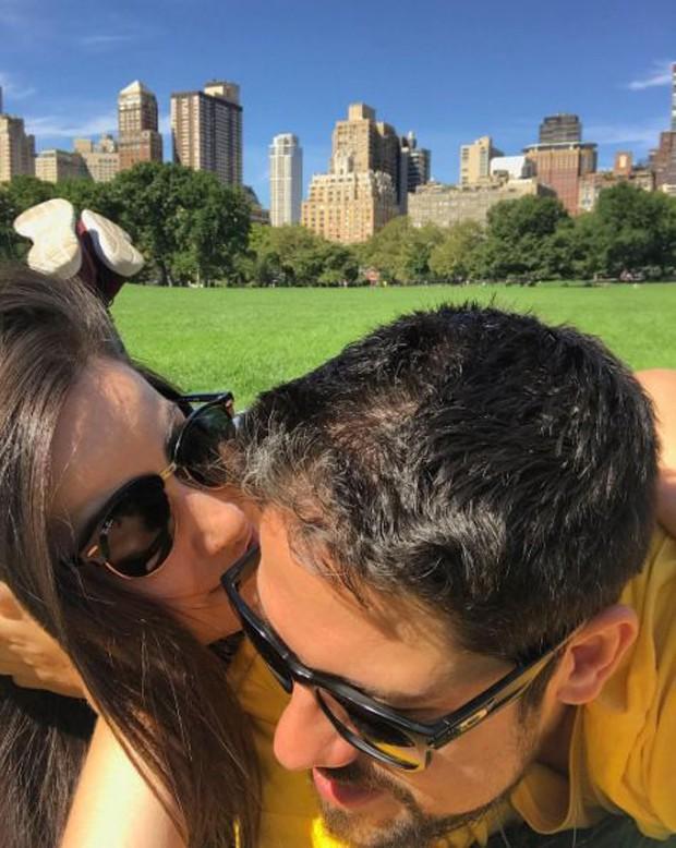 Phelipe Siani e Mari Palma curtindo as férias juntos nos Estados Unidos (Foto: Reprodução/Instagram)