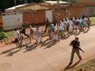 Delegado que transferiu presos a pé volta a atuar em Planaltina de Goiás