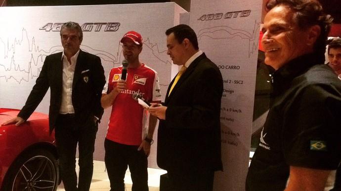 Sebastian Vettel e Nelson Piquet em evento da Ferrari na Via Italia (Foto: Divulgação)