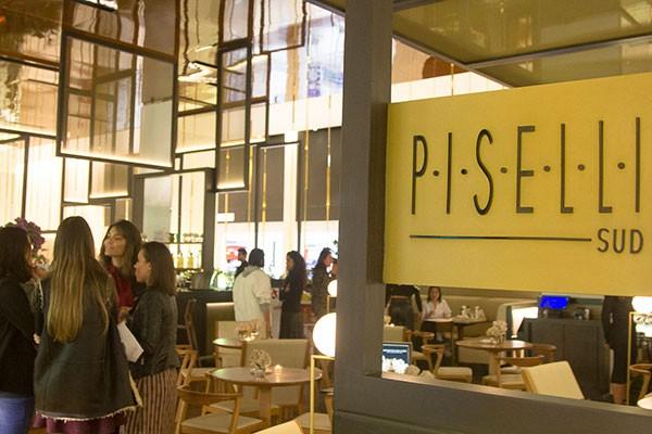 La Mer e Marie Claire promoveram um happy hou no Piselli Sud (Foto: Rogério Canella)