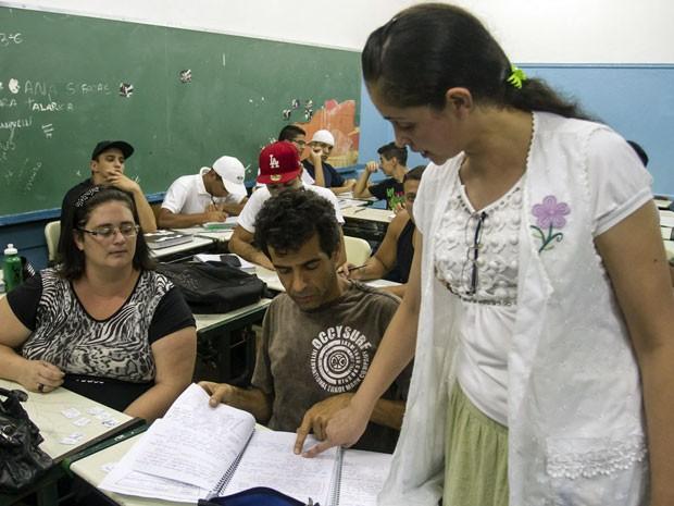 Professores desenvolvem conteúdos específicos para a faixa etária (Foto: A2 Fotografia/ Rafael Lasci)