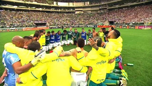 Mancha entrega carta a jogadores do Palmeiras; leia as mensagens