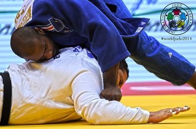 teddy riner x rafael silva semifinal mundial de judo (Foto: IJF)