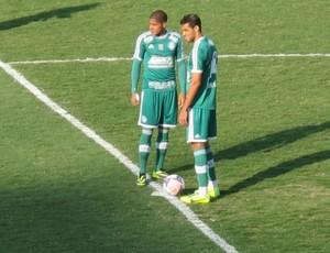 Leandro e Alan Kardec Palmeiras (Foto: Marcelo Hazan)