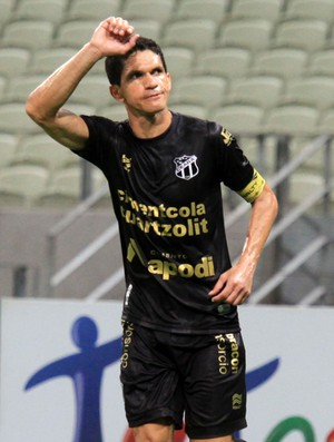 Magno Alves gol Ceará x América-MG (Foto: LC Moreira / Ag. Estado)