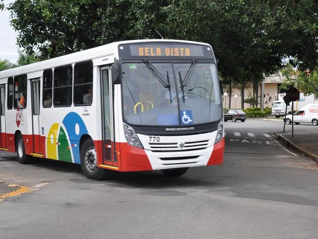 Serviço Municipal de Transportes Coletivos de Araras (TCA) abre vagas para motorista de ônibus e mecânico de manutenção (Foto: Arquivo/Secom)