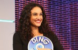 Débora Nascimento ensina como manter os cachos perfeitos: 'Ducha de água gelada'
