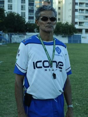 Vito Capucho, técnico do Vitória-ES (Foto: Richard Pinheiro/GloboEsporte.com)
