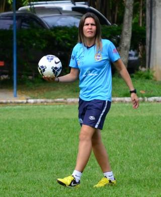 Emily Lima técnica São José futebol feminino (Foto: Danilo Sardinha/GloboEsporte.com)
