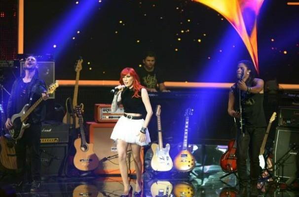 Banda Move Over, de Bauru, se apresenta no palco do SuperStar (Foto: Divulgação/TV Globo)