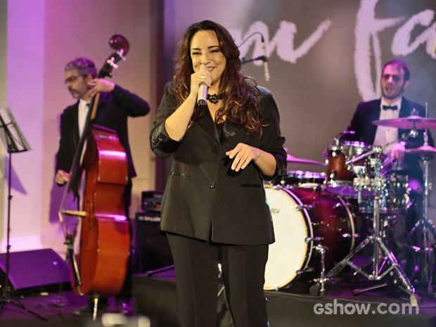 Ana Carolina cantou a música tema da novela 'Eu sei que vou te amar' (Foto: Pedro Curi/ TV Globo)