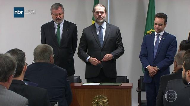 Novo presidente do STF assume presidência da República pela primeira vez