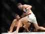 Bisping arrasa Luke Rockhold e é o novo campeão dos médios do UFC