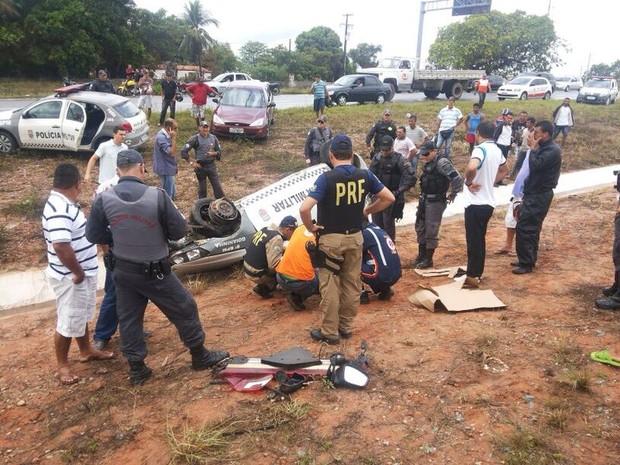 Soldado ficou ferido na cabeça após o capotamento (Foto: Soldado Frederico Ferreira/PM de Monte Alegre)