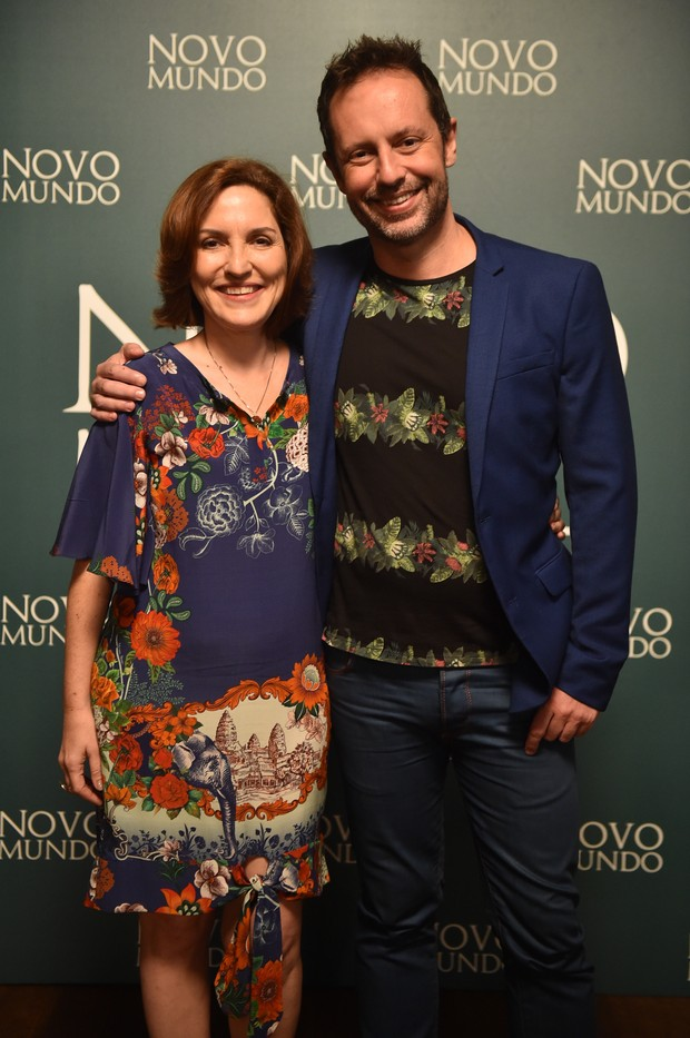 Thereza Falcão e Alessandro Marson, os autores da novela Novo Mundo (Foto: Globo/Mauricio Fidalgo)