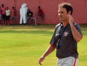 Técnico Sidney Moraes afirma que o Boa Esporte entra em campo em busca da vitória (Foto: Tiago Campos / Globoesporte.com)