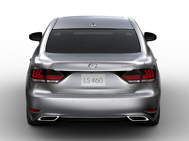 Lexus LS 460  (Foto: Divulga&#231;&#227;o)