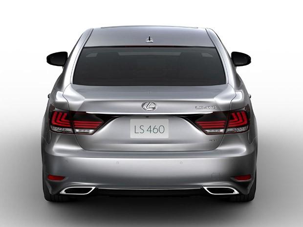 Lexus LS 460  (Foto: Divulgação)