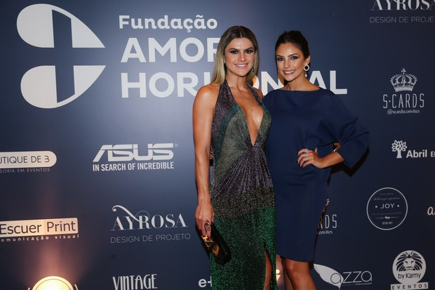 Mirella Santos e Carol Celico (Foto: Manuela Scarpa/Brazil News)